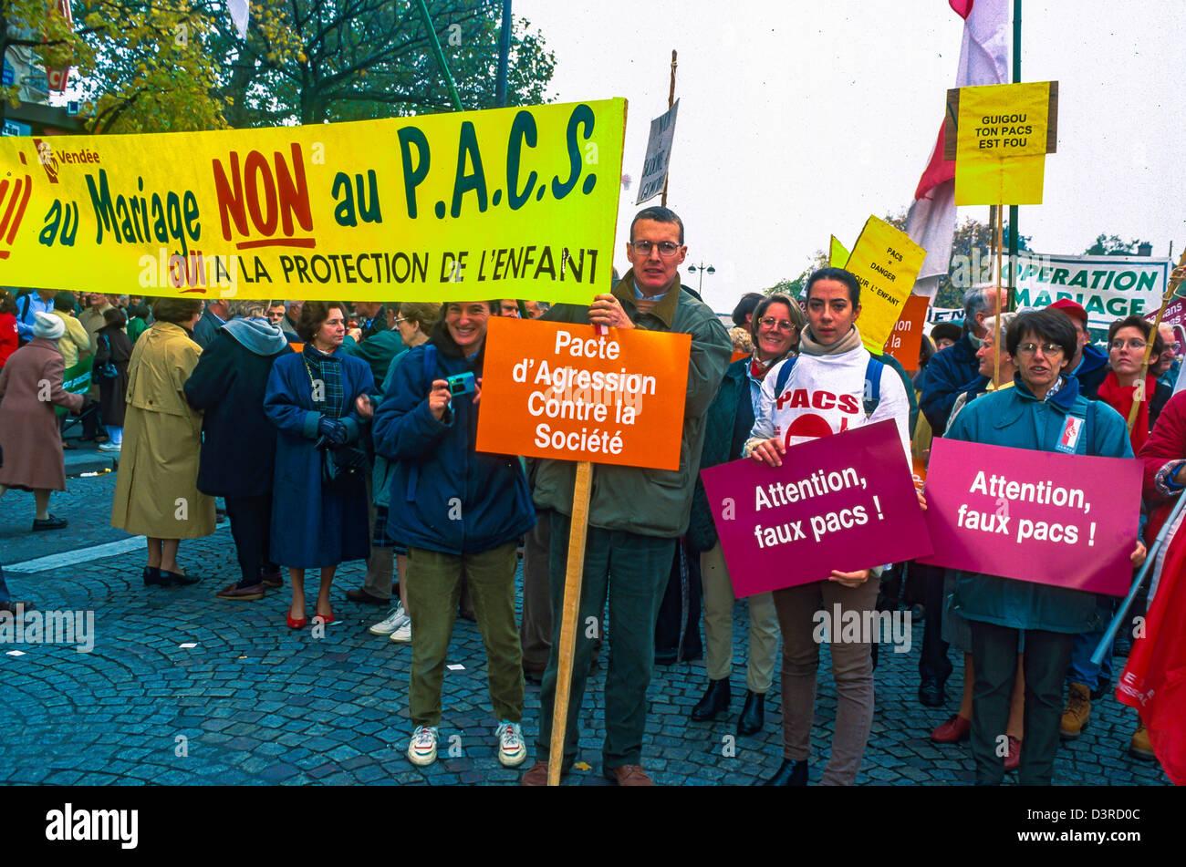 Pacs Gay Paris