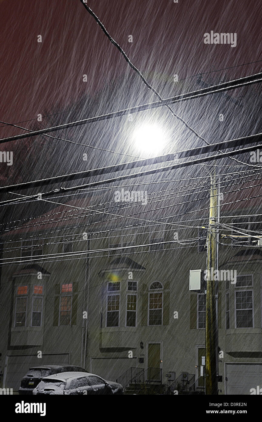 Snow Sleet & Rain Wintry Mix & Telephone Power Lines, Winter Storm At Night - Stock Image