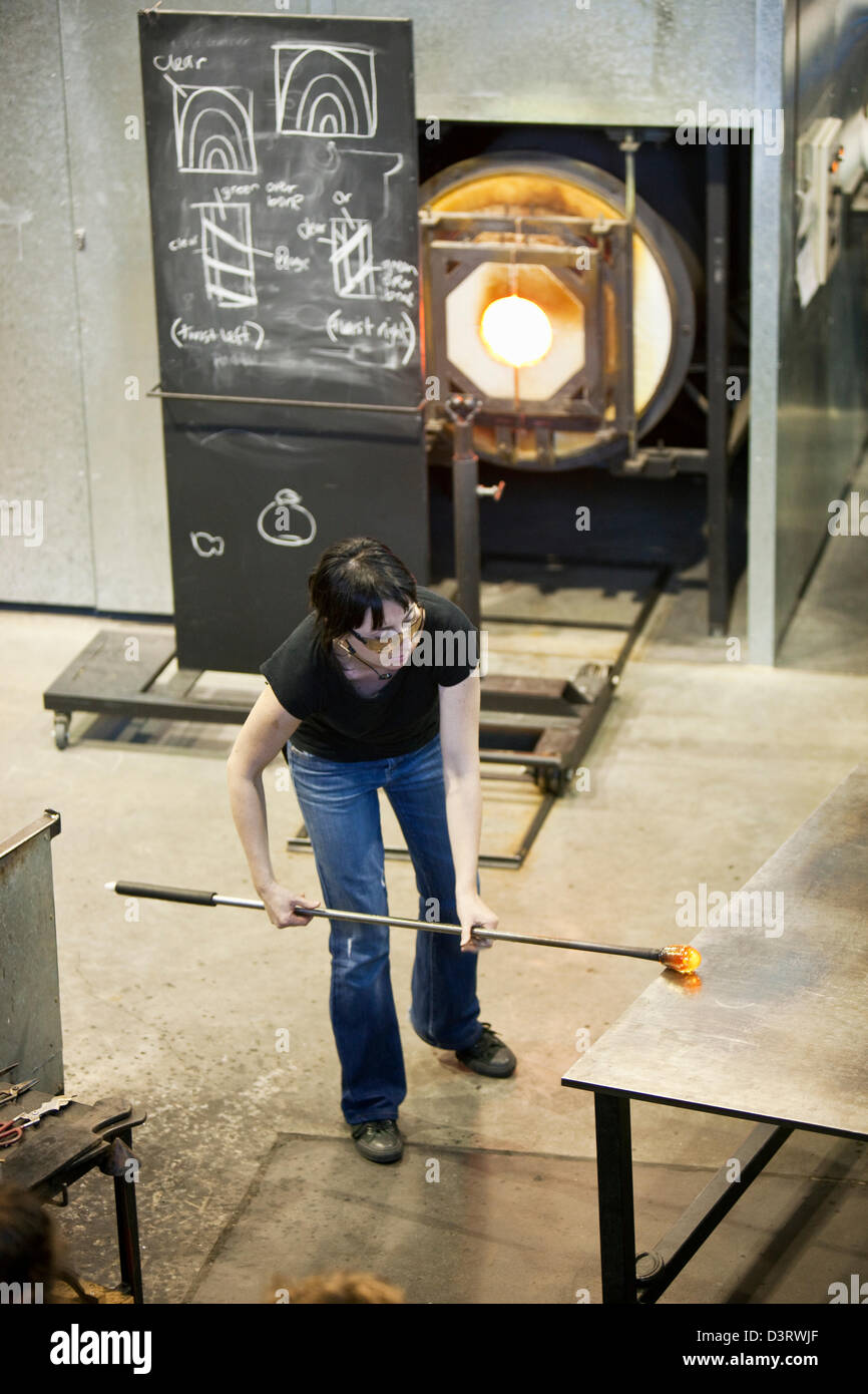 Demonstration of glass blowing at the Canberra Glassworks. Canberra, Australian Capital Territory (ACT), Australia - Stock Image