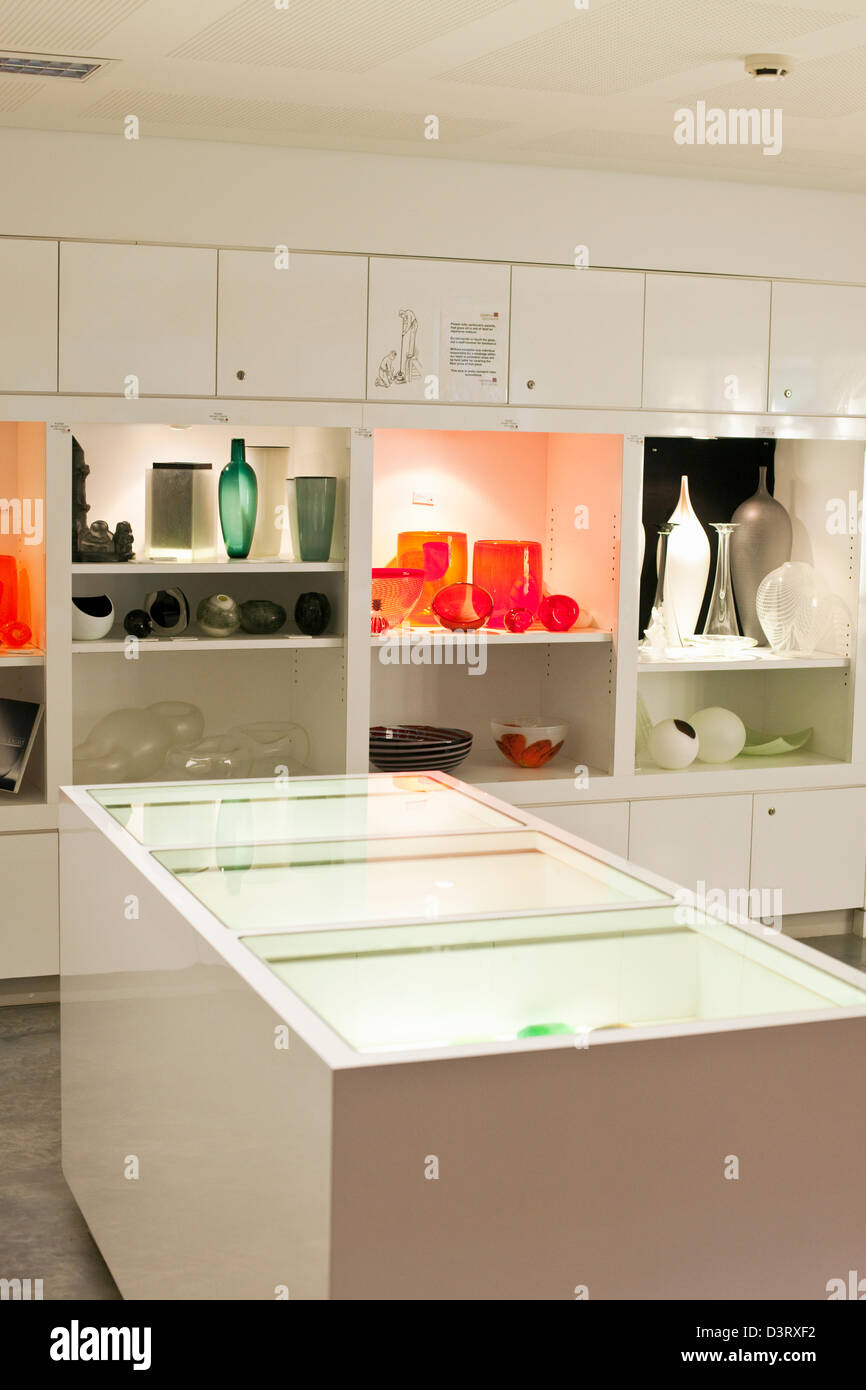 Contemporary glassware on display at the Canberra Glassworks. Canberra, Australian Capital Territory (ACT), Australia - Stock Image