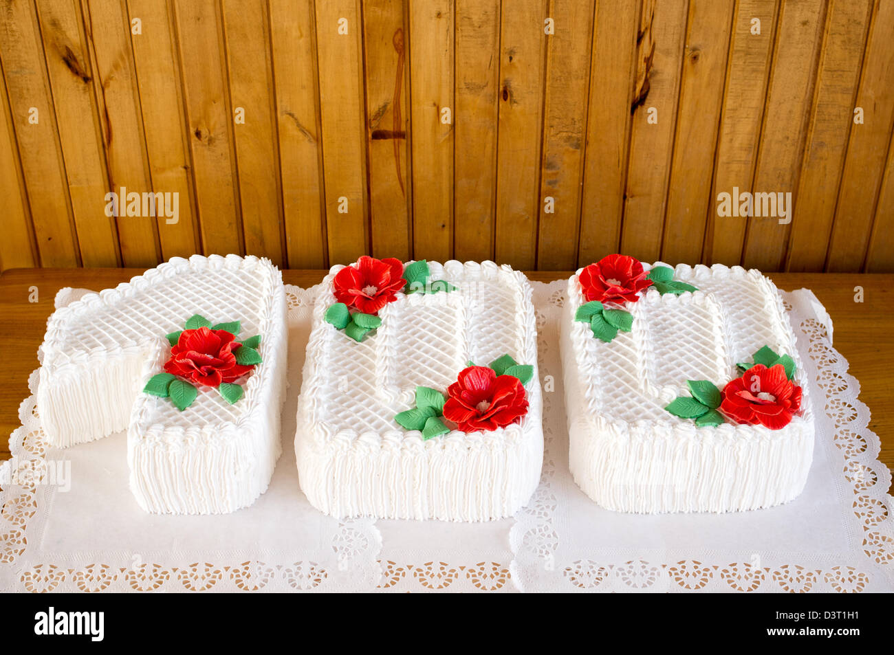 100 Years Old Cake Stock Photos & 100 Years Old Cake Stock Images ...