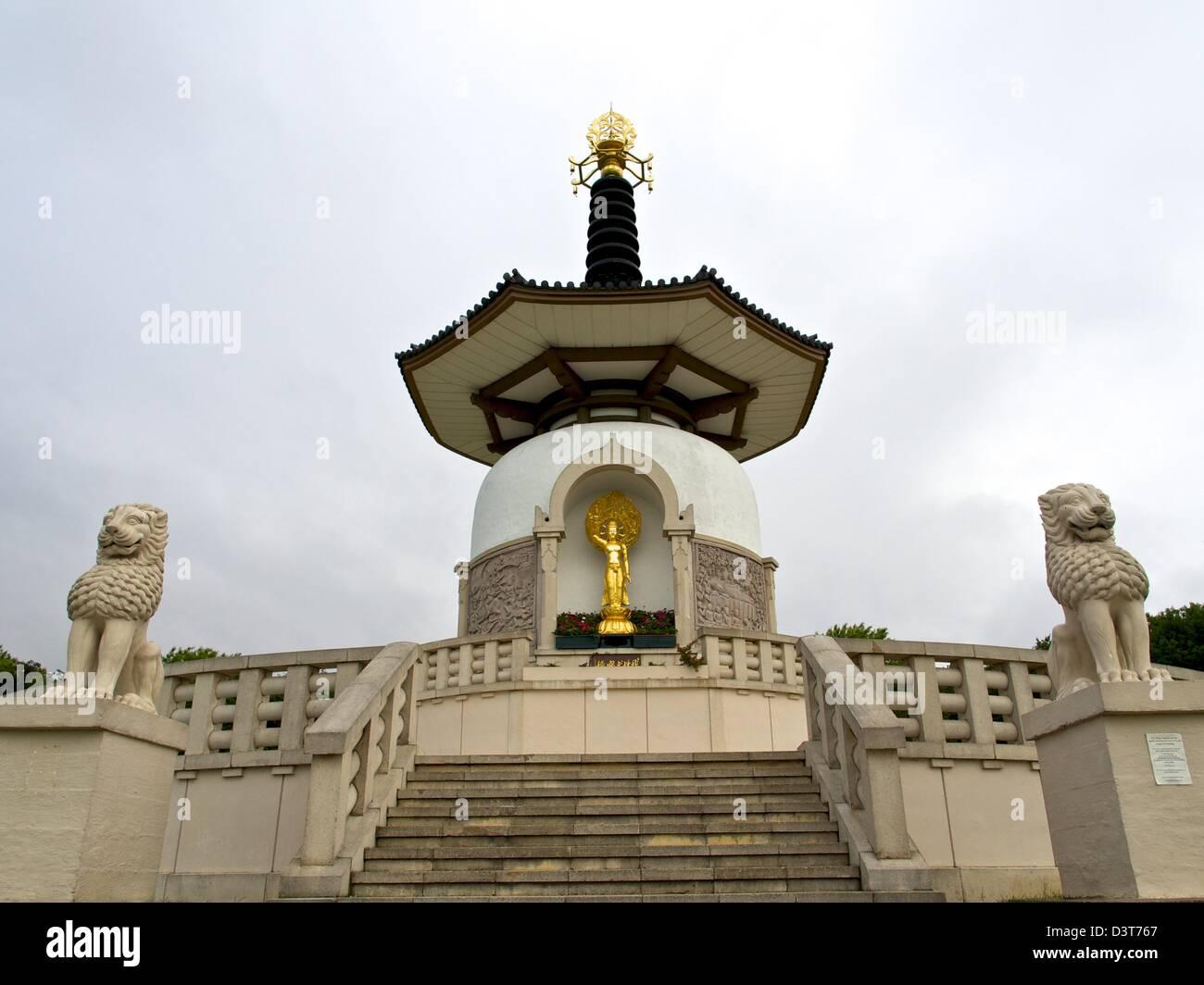 The Peace Pagoda at Milton Keynes - Stock Image