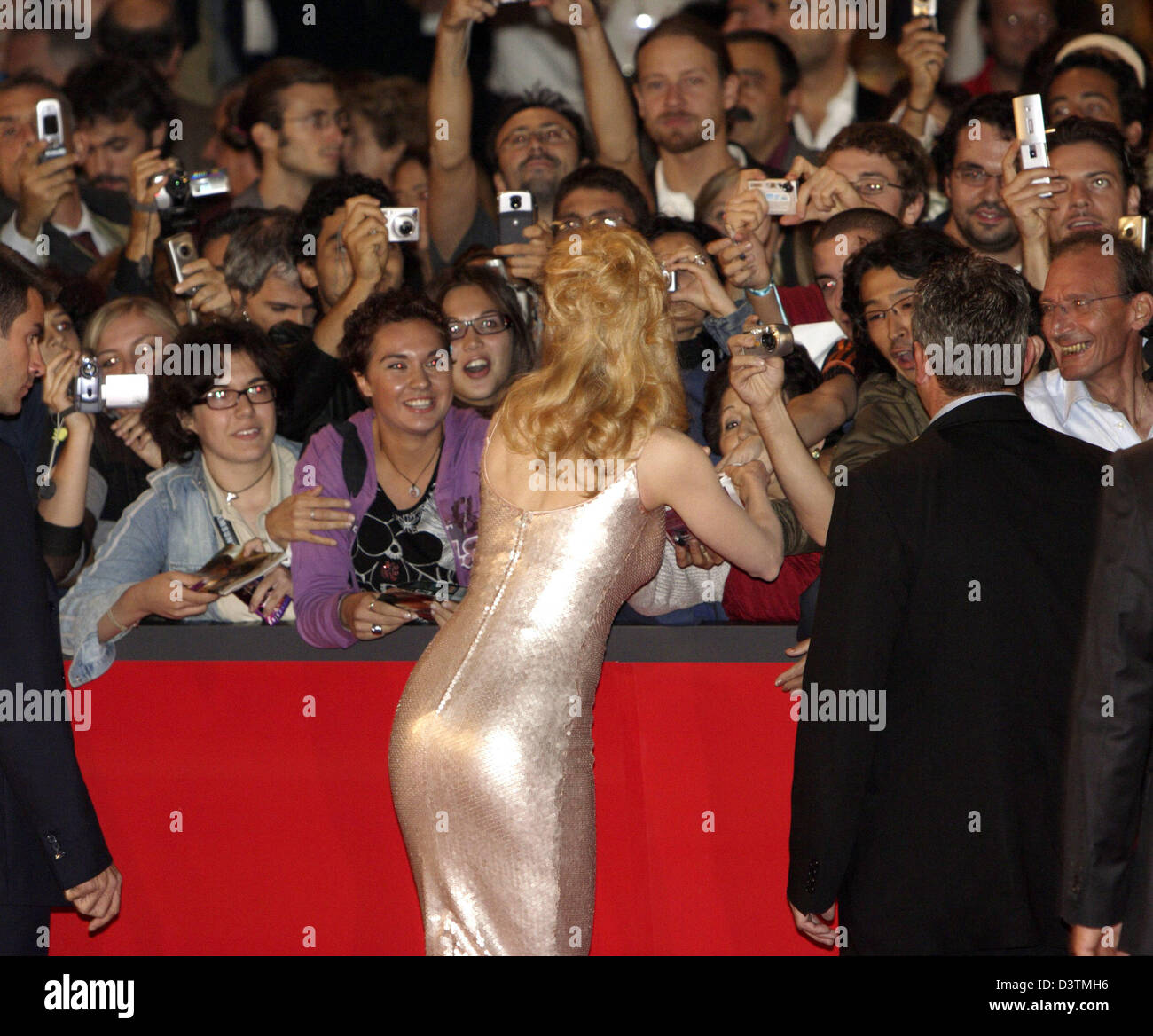 Actress Nicole Kidman writes autographs at the premiere of theit movie 'Fur: An Imaginary Portrait of Diane - Stock Image