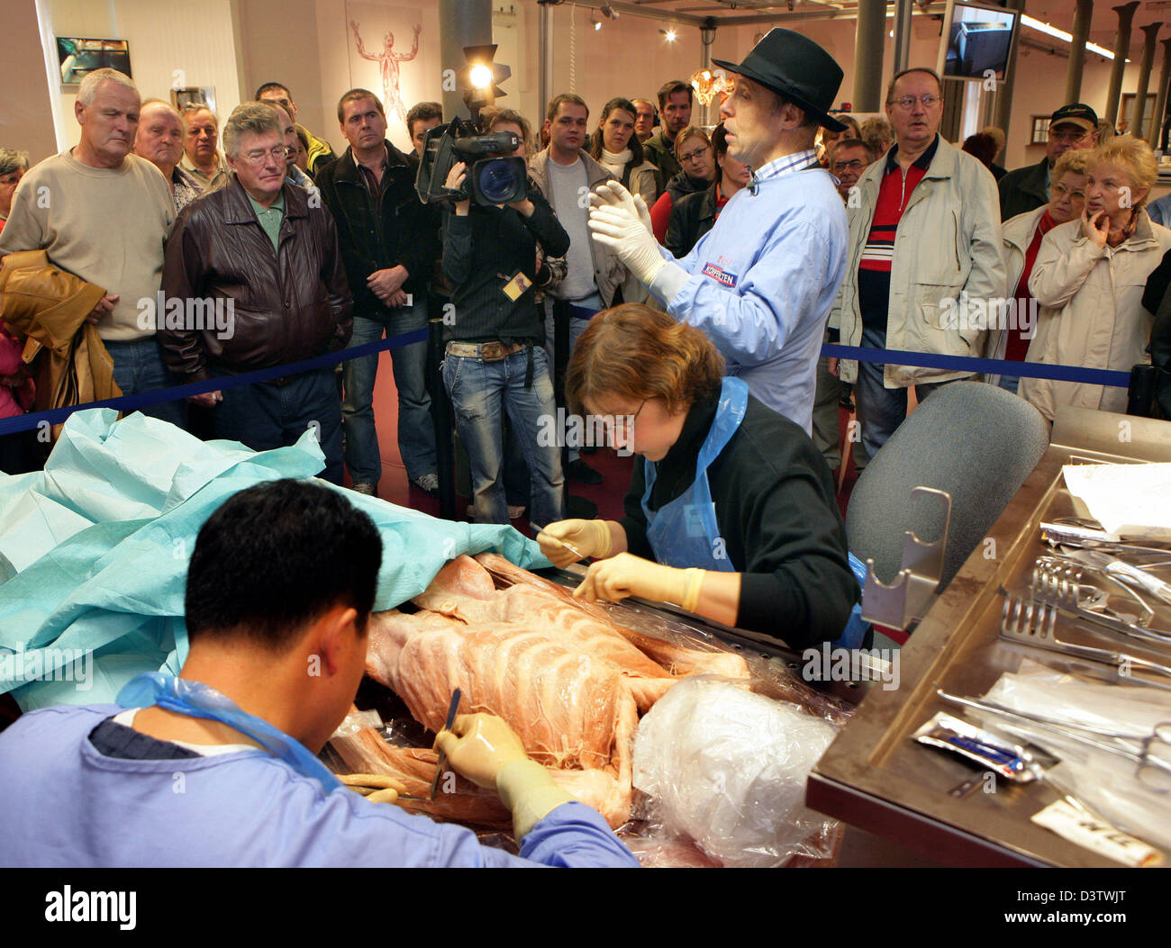 Controversial plastinator Gunther von Hagens explains the Stock ...