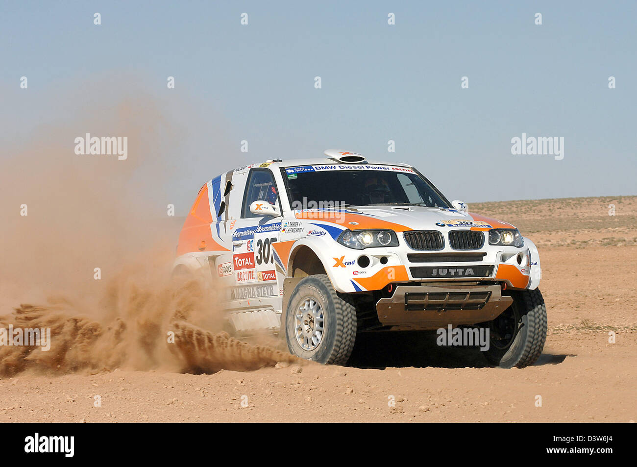 Watch Jutta Kleinschmidt Dakar Rally winner video