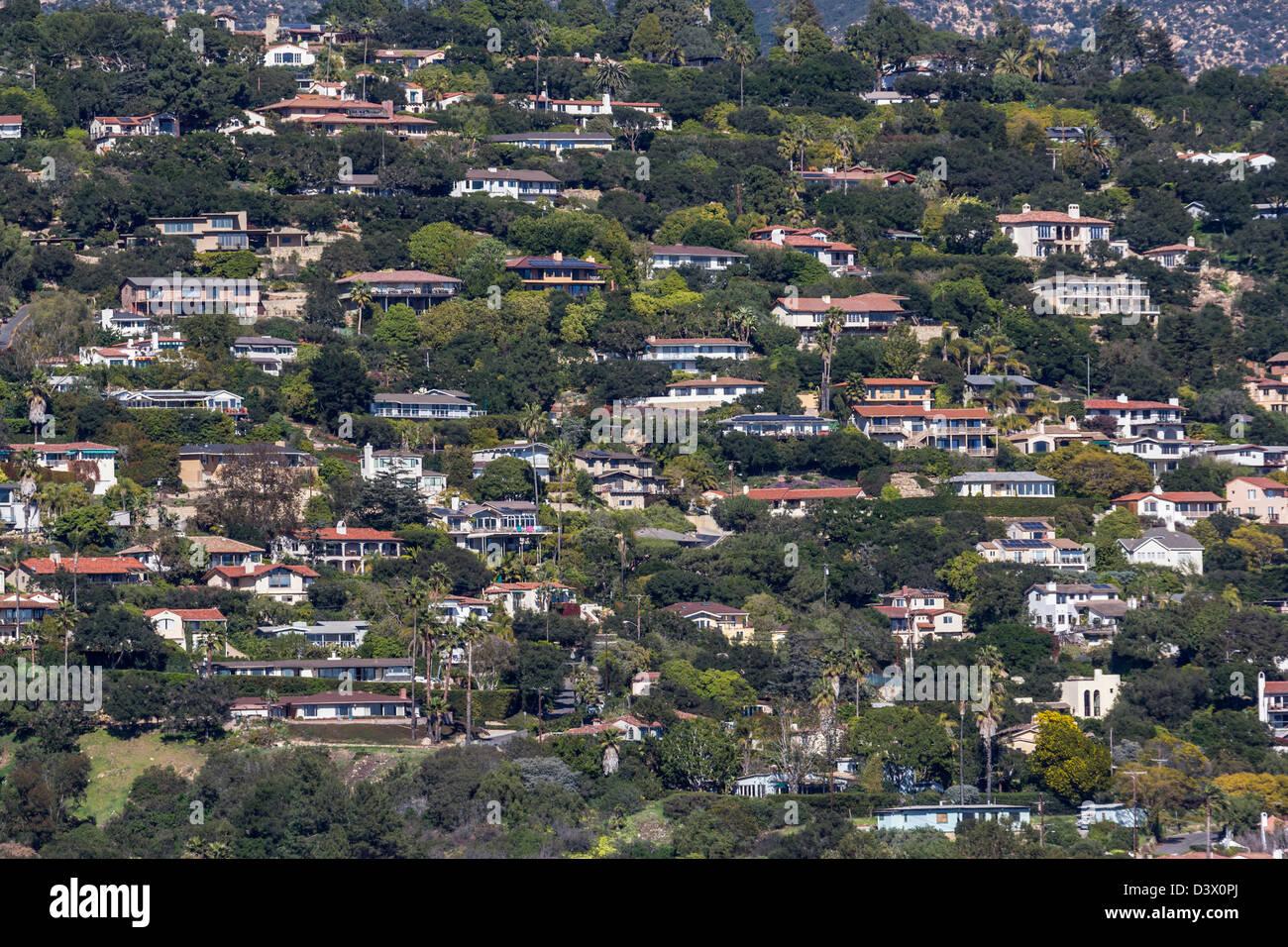 Affluent oceanview hillside homes in Santa Barbara, California. - Stock Image