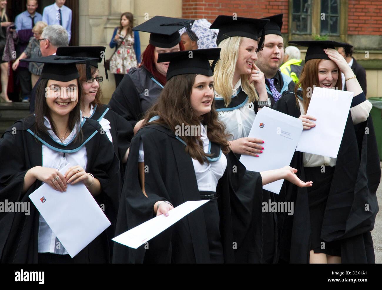 University Graduation Uk Stock Photos & University Graduation Uk ...