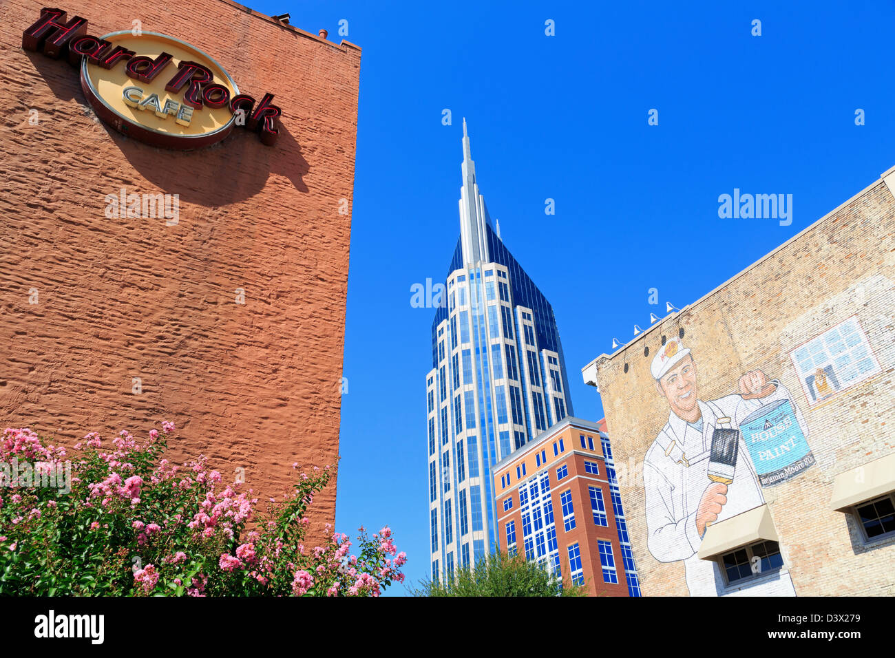 Hard Rock Cafe & 333 Commerce Tower,Nashville,Tennessee,USA - Stock Image