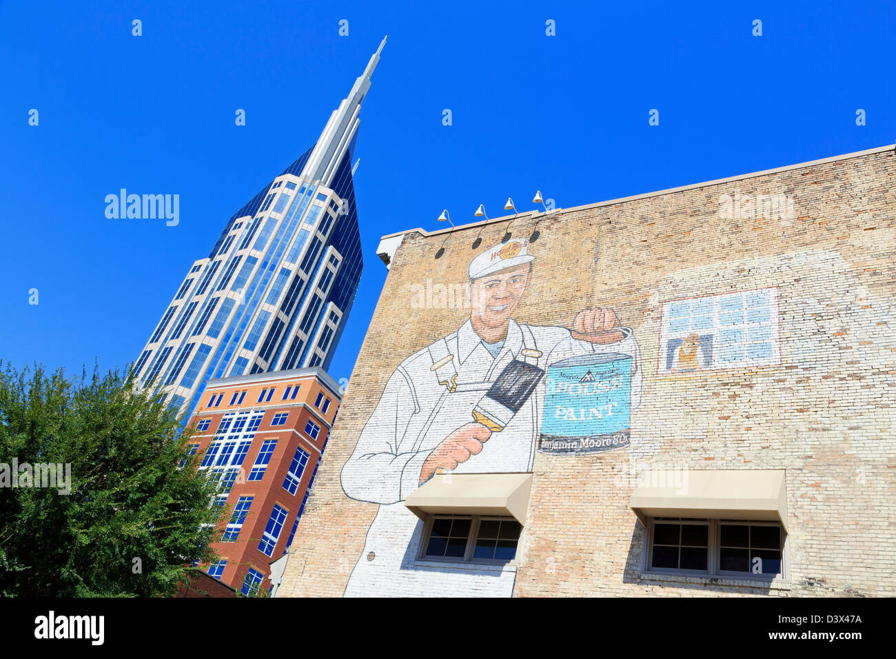 333 Commerce Tower & mural,Nashville,Tennessee,USA - Stock Image