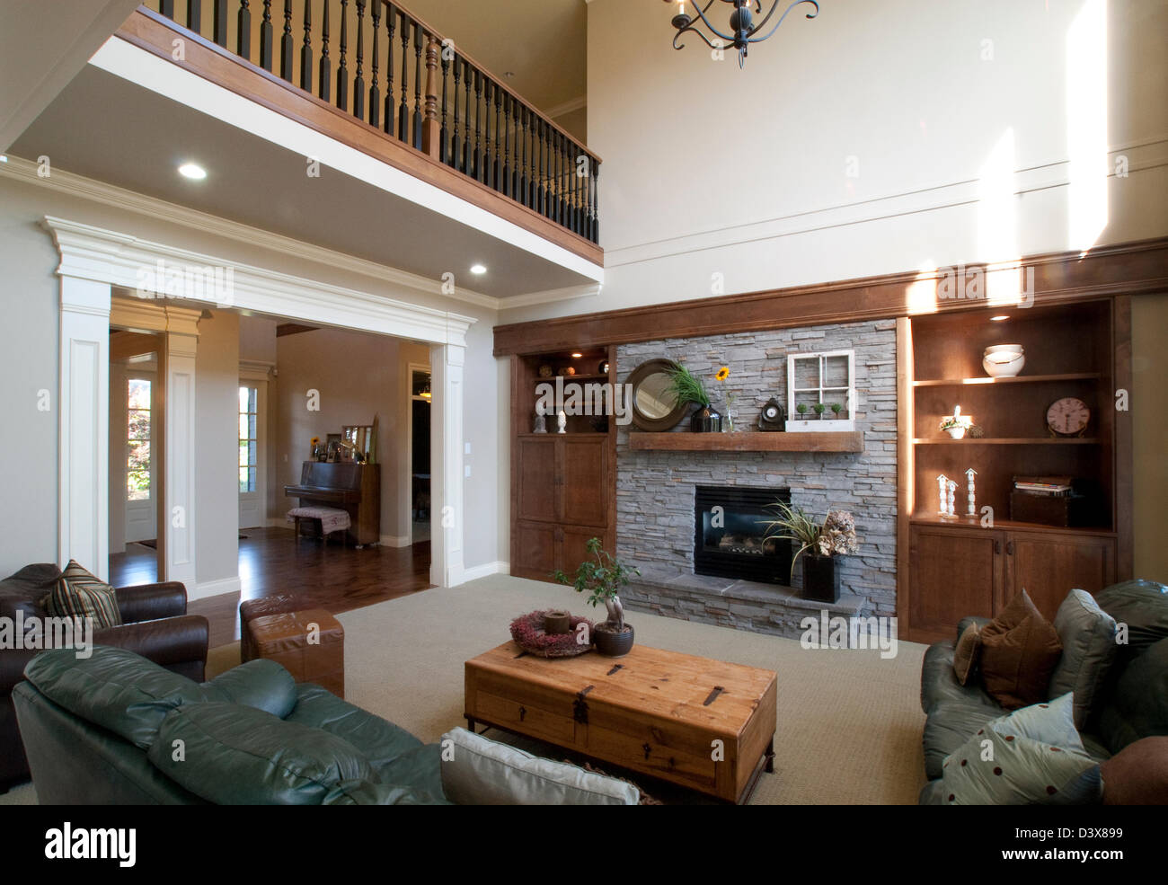 Large Bright Family Room With Vaulted Ceiling And Overlooking Stock Photo 54052357 Alamy