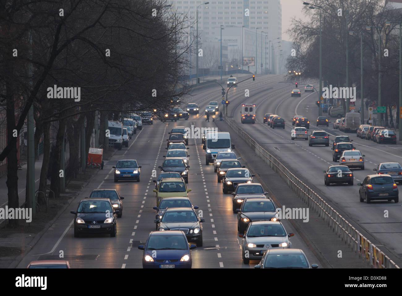 Berlin, Germany, rush-hour traffic on the arterial road in Frankfurter Allee - Stock Image