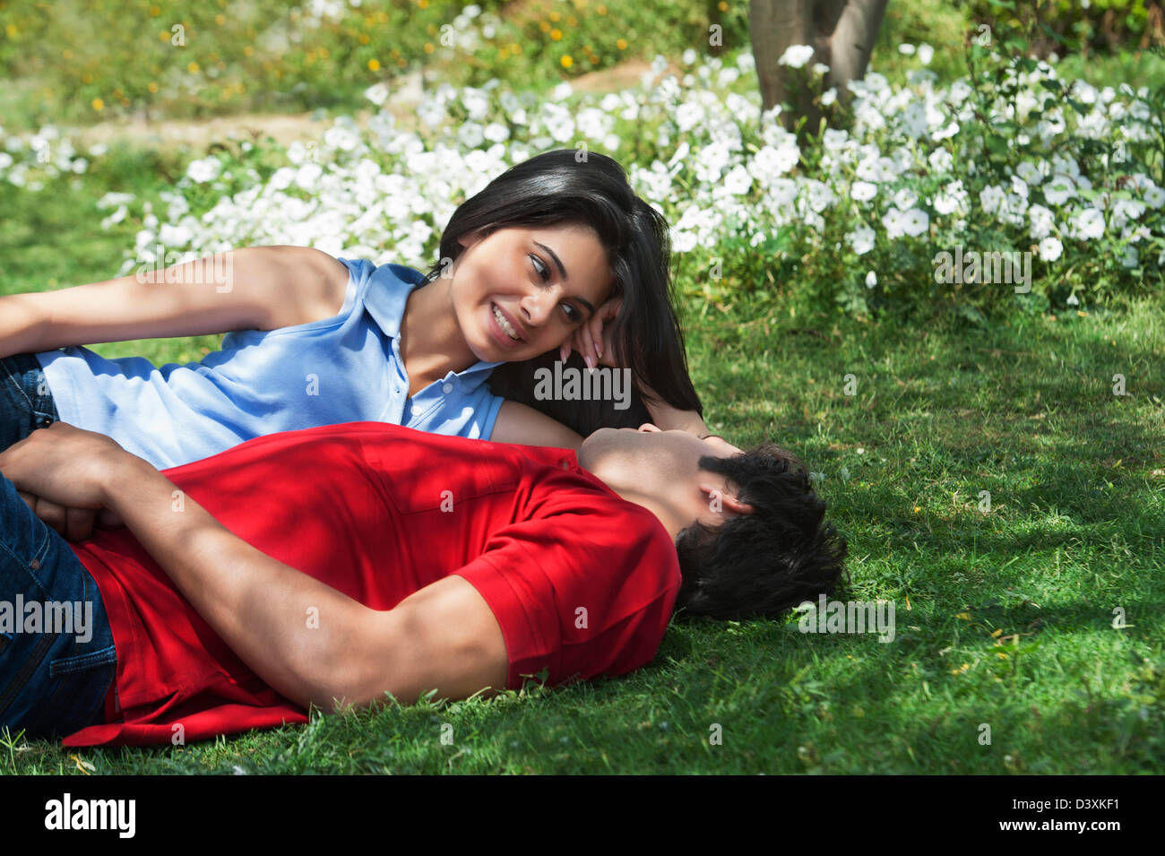 Couple Romancing In A Park Japanese Park Rohini Delhi India