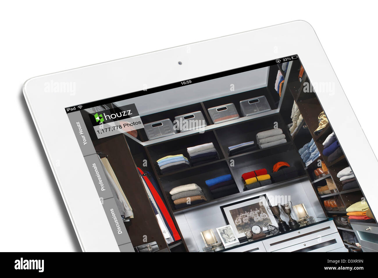 The Houzz.com design, architecture and home improvement site viewed on an iPad 4 - Stock Image