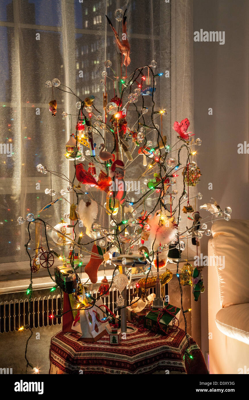Metal Christmas Tree.Modern Glass Metal Christmas Tree Usa Series 2 Of 2