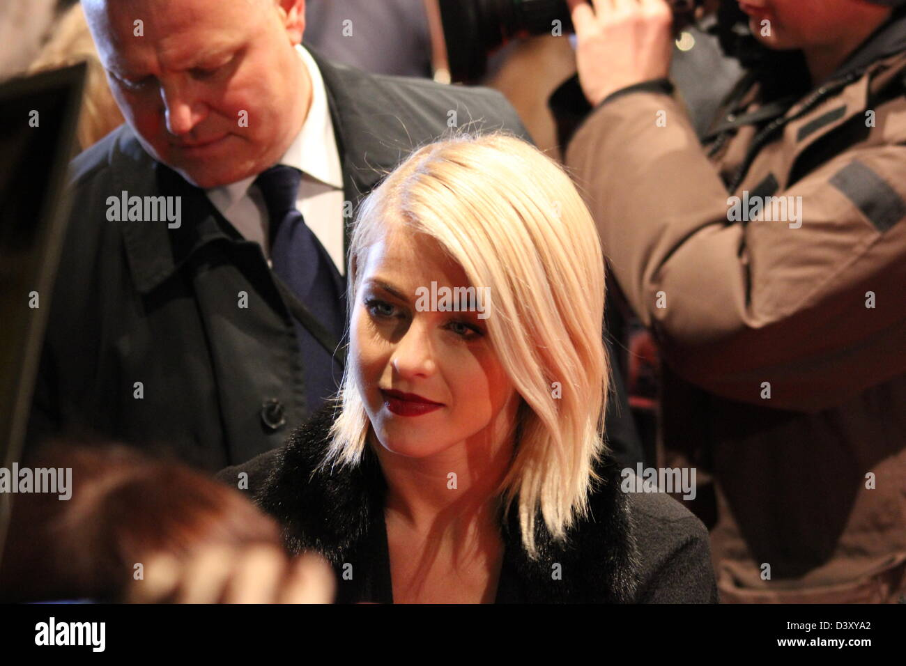 Julianne Hough Germany Premiere Of Safe Haven At