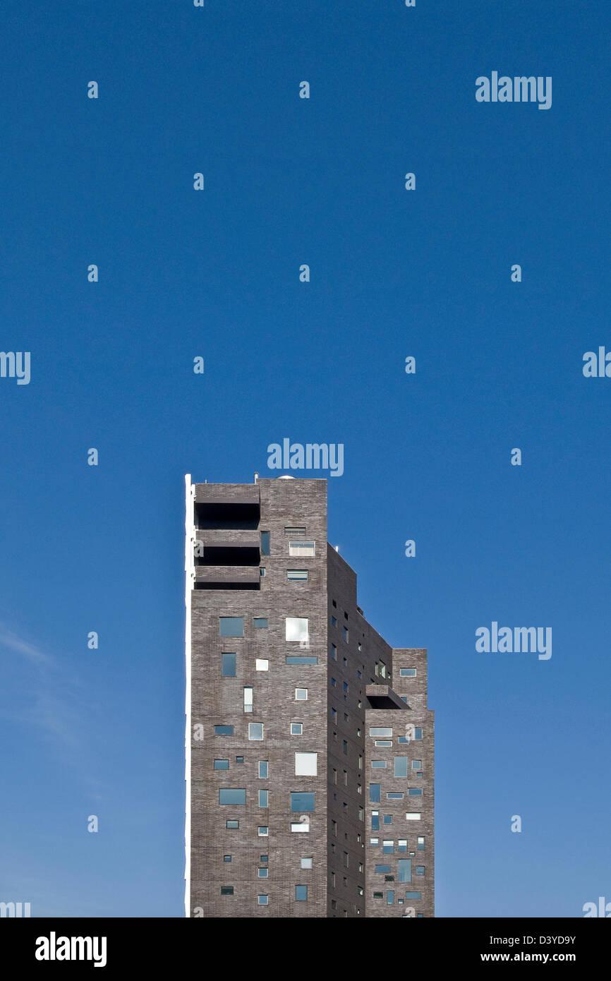 A wonderfully complex window facade on a New York City skyscraper. - Stock Image