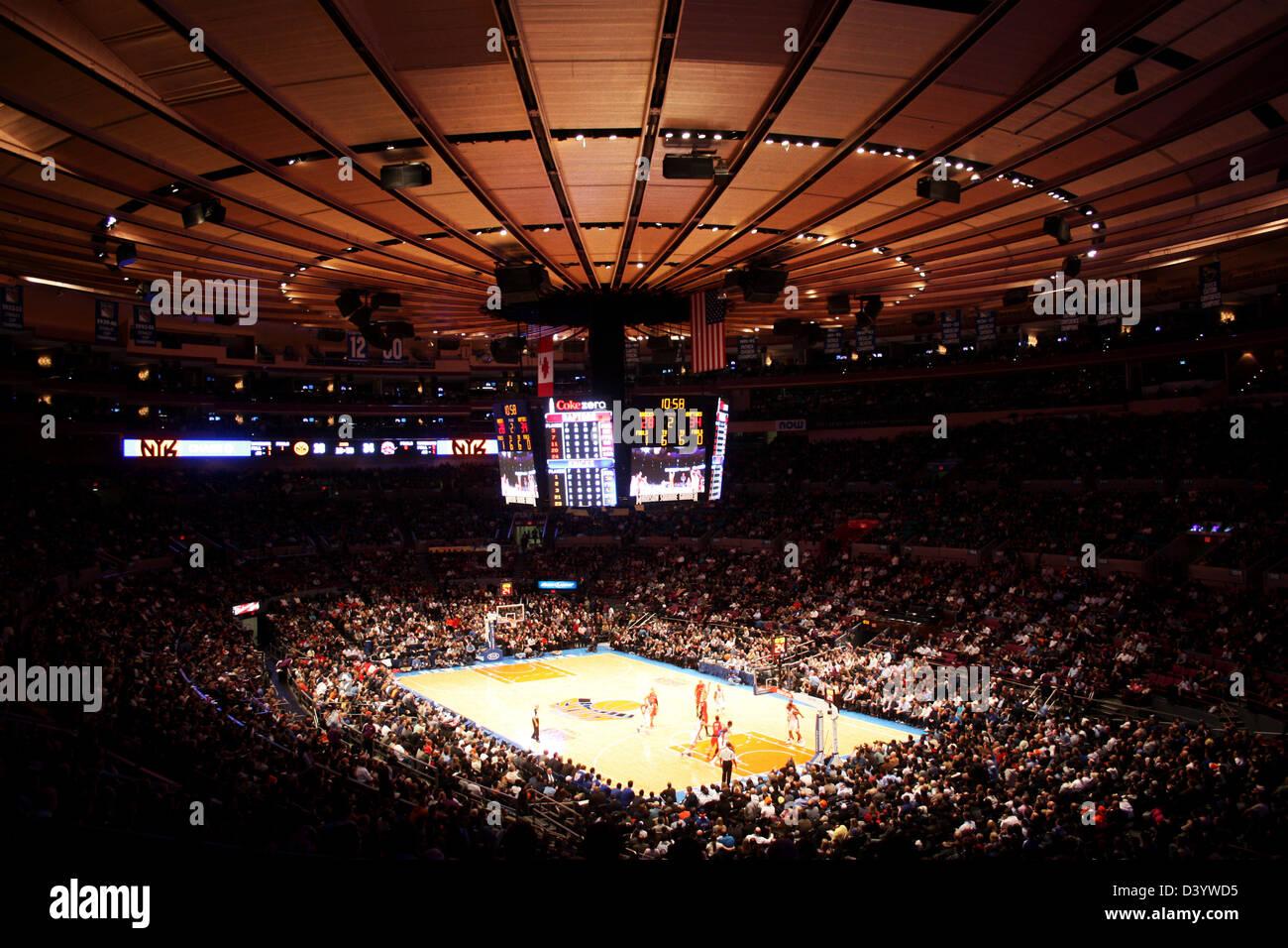 Madison Square Garden NBA Knicks Match   Stock Image