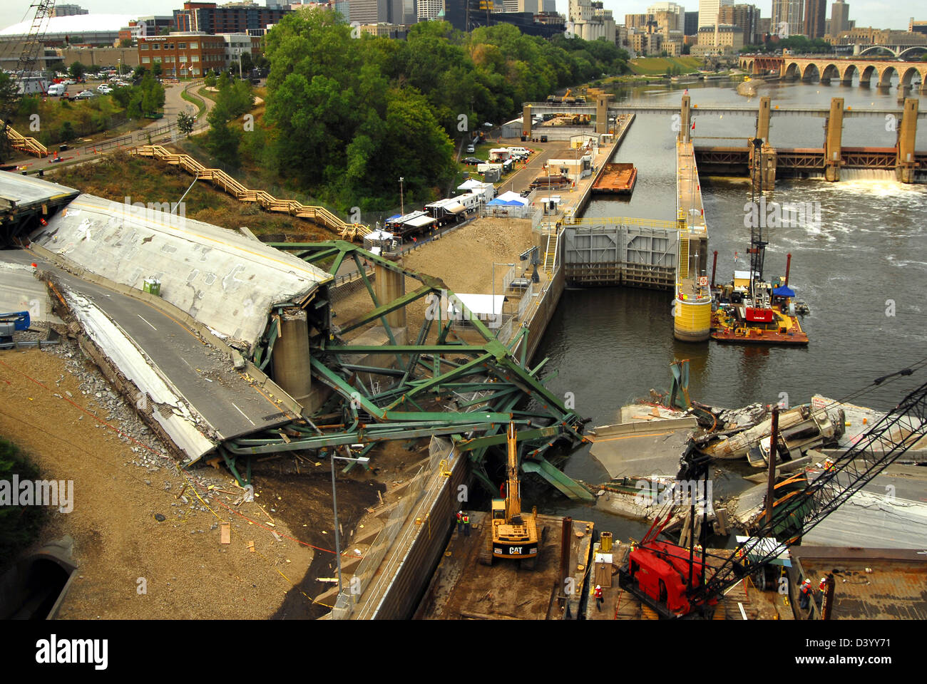 View of the remains of the I-35 bridge collapse August 8, 2007 in Minneapolis, MN. The bridge suddenly collapsed - Stock Image