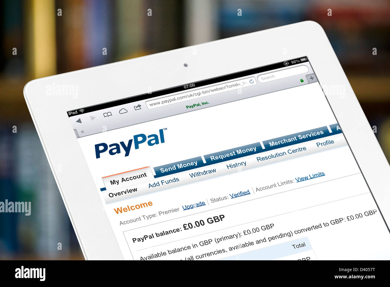 Viewing a PayPal account online on a 4th generation Apple