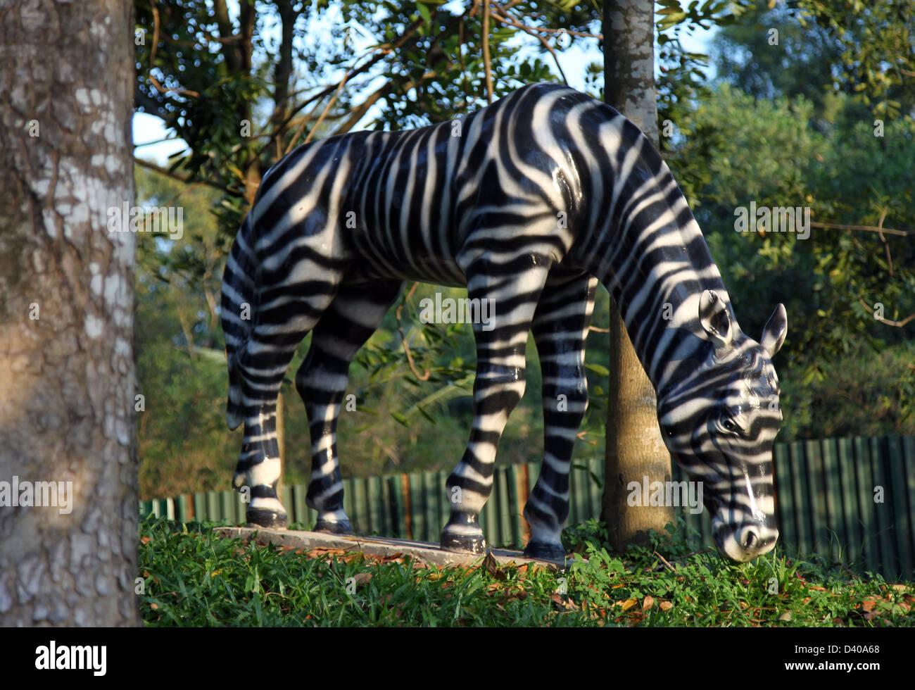 f3fcdac38 Zebra Statue Stock Photos   Zebra Statue Stock Images - Alamy