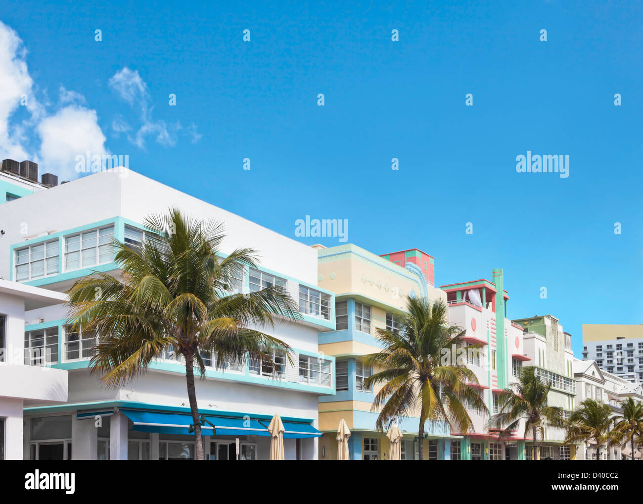 A Row Of Buildings In Art Deco Style Lining Ocean Drive S Art Deco Stock Photo Alamy