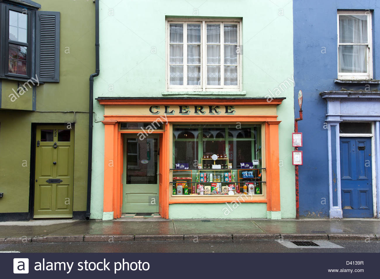 Small local grocery store in Skibbereen, County Cork, Ireland - Stock Image