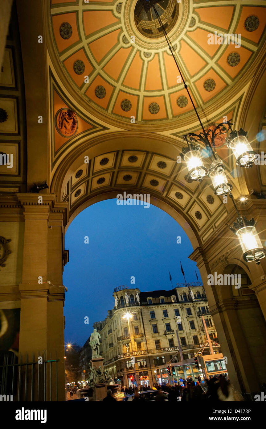 Zurich railway station at twilight art deco Portal towards Bahnhofstrasse - Stock Image