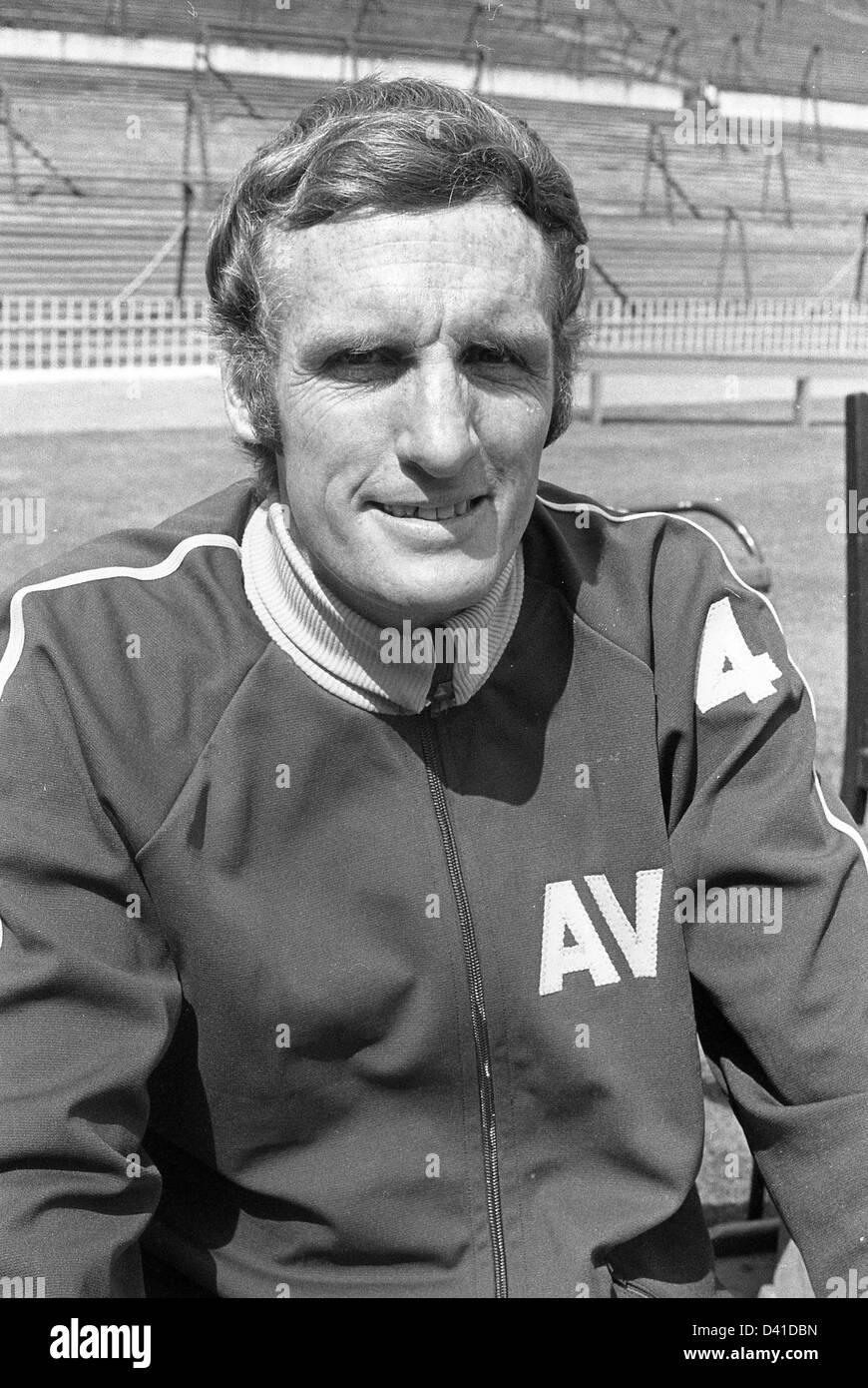 Vic Crowe Aston Villa football manager 1971 - Stock Image