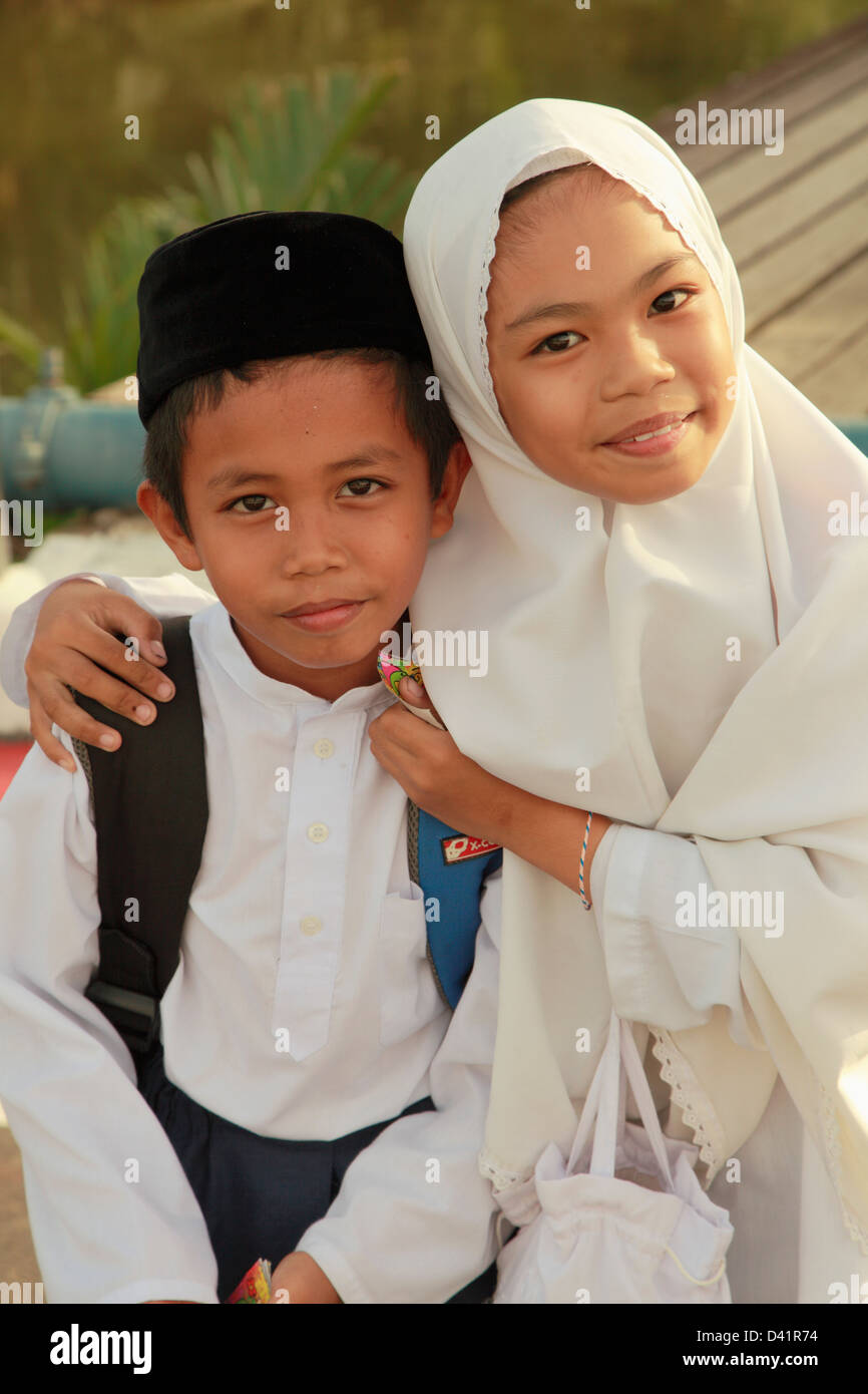 Brunei, Bandar Seri Begawan, schoolchildren, - Stock Image