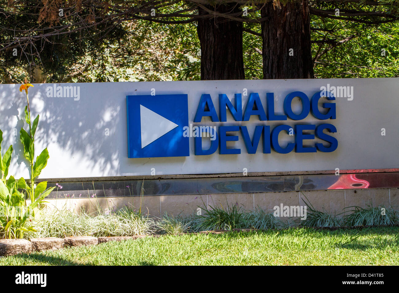 Analog Devices sign in the Silicon Valley of California - Stock Image