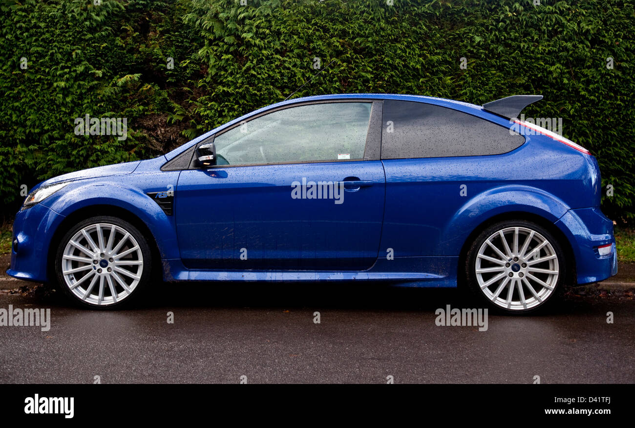 Blue Ford Focus Rs On Road Winchester Uk 27 11 09 Stock Photo Alamy