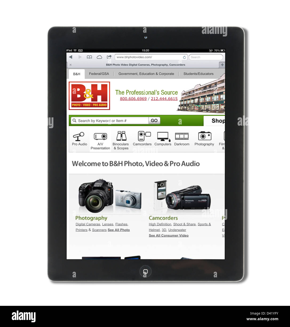 The online store of B&H Photo and Video ( BHPhotoVideo.com ) viewed on an iPad 4, USA - Stock Image
