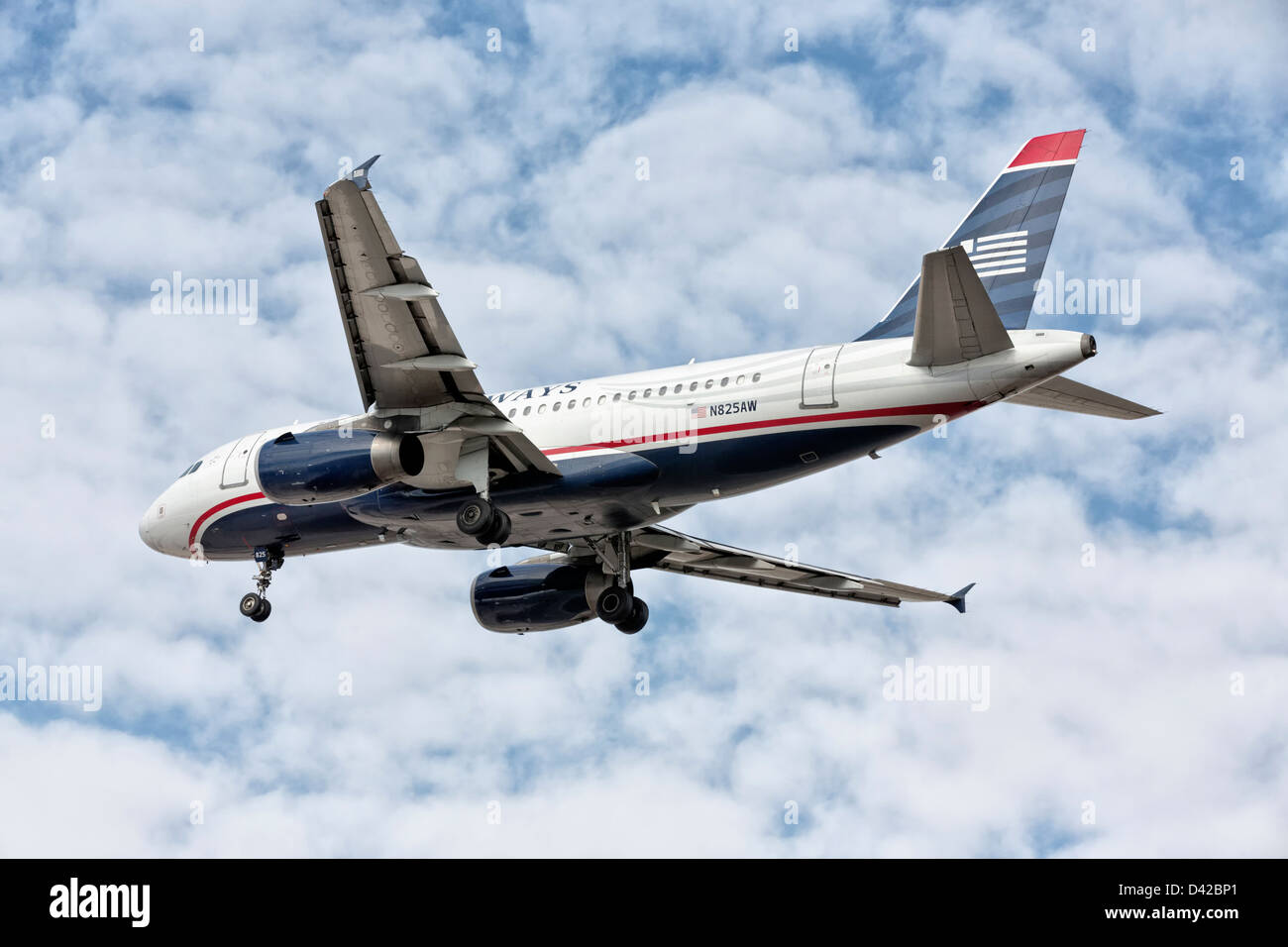 Airbus A319 of US Airways on final approach - Stock Image
