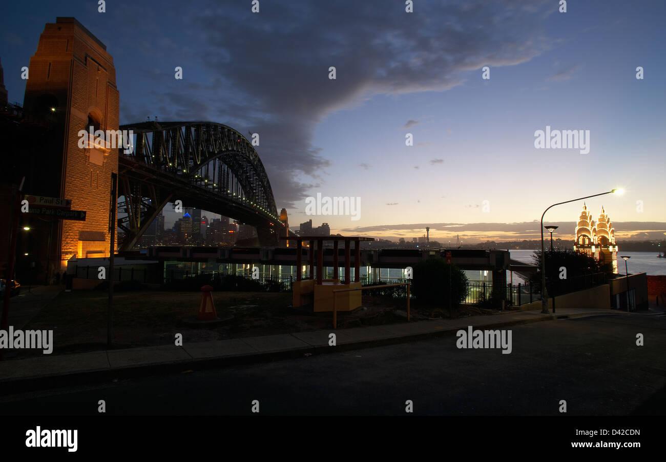 Sydney, Australia, overlooking the Sydney Harbour Bridge at night Stock Photo