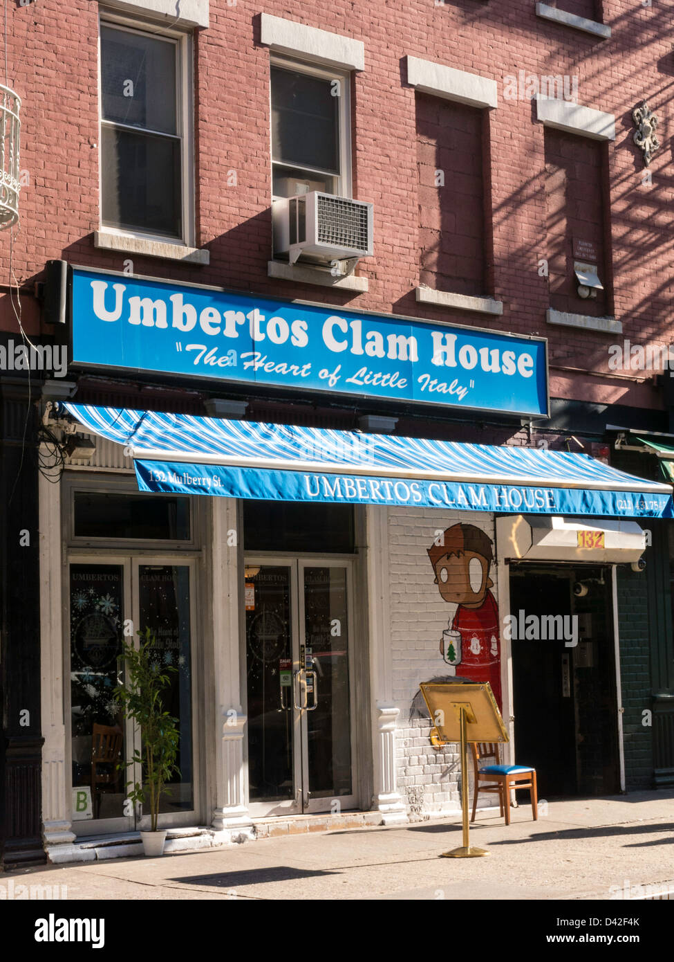 Umbertos Clam House, Mulberry Street, Little Italy, NYC