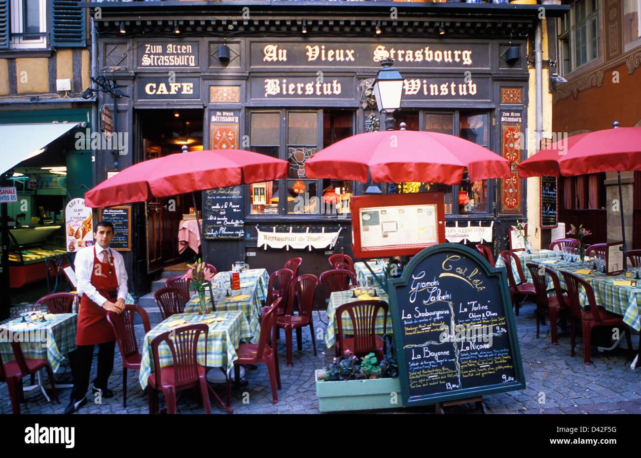 Restaurant Cafe Au Vieux Strasbourg Alsace France - Stock Image