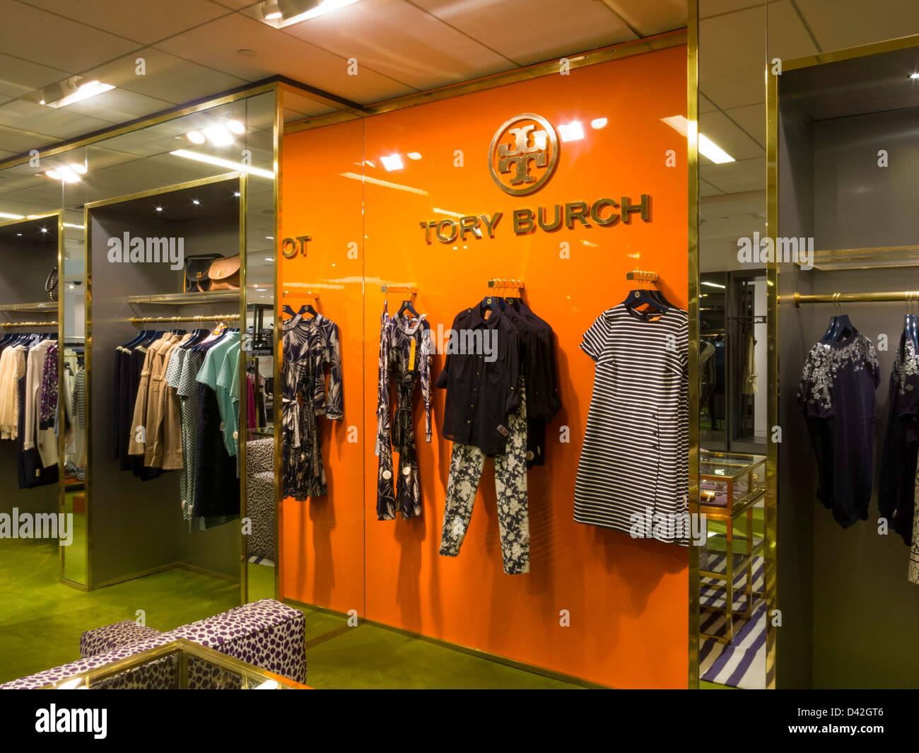 f4284d7d4b5 Tory Burch Designer Fashion Display