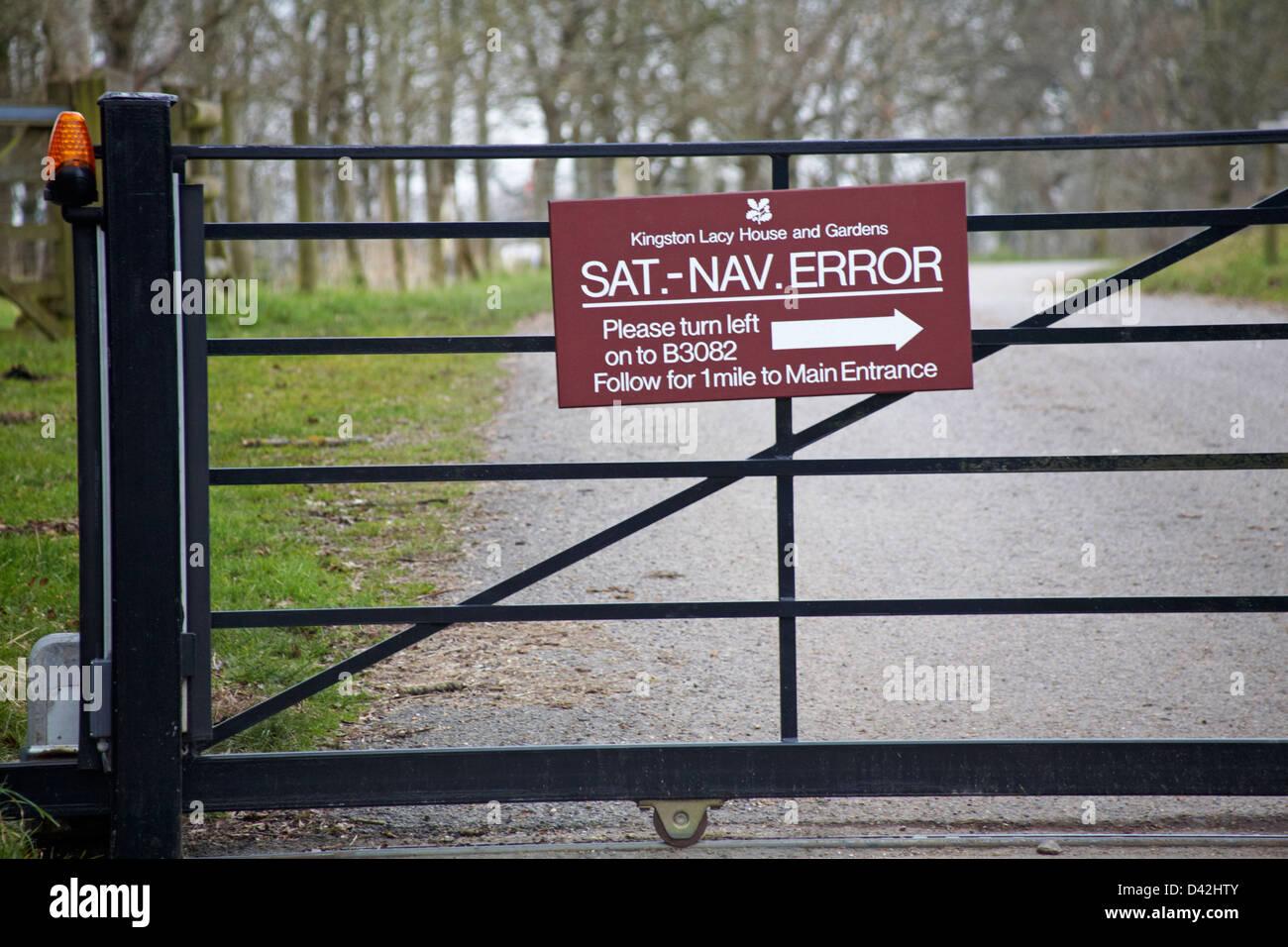 Sat Nav error sign on gate - Stock Image
