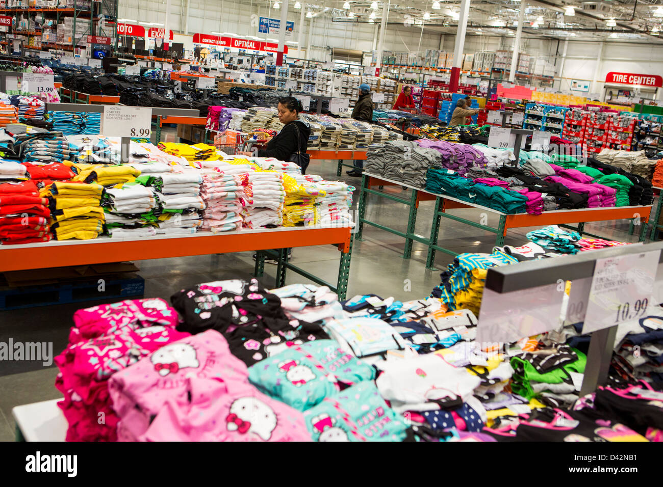 Customers shopping in the clothing section of a costco wholesale customers shopping in the clothing section of a costco wholesale warehouse club altavistaventures Images