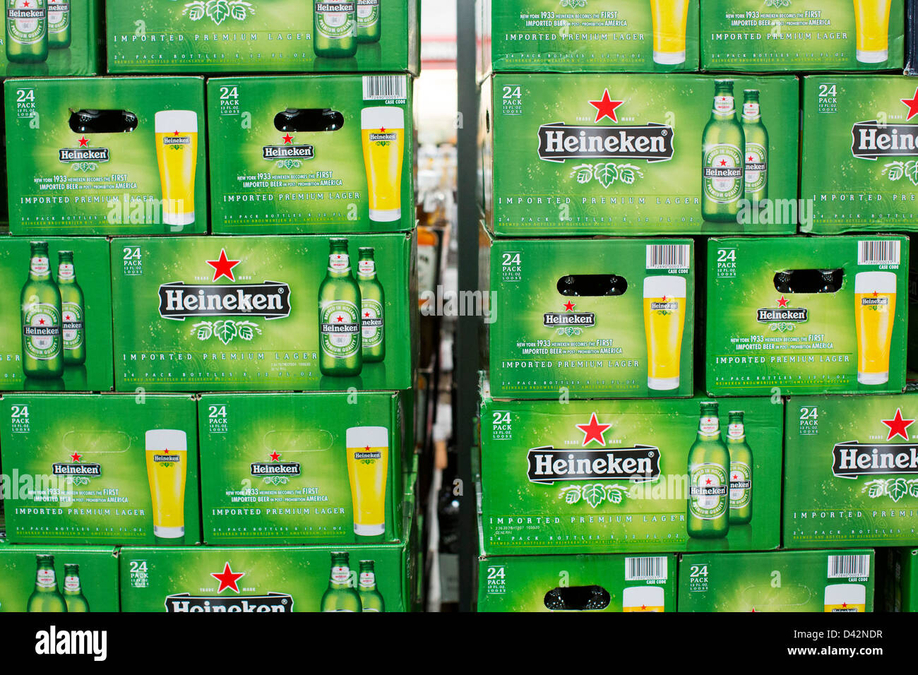 Heineken beer on display at a costco wholesale warehouse club stock heineken beer on display at a costco wholesale warehouse club stock photo 54150483 alamy thecheapjerseys Images
