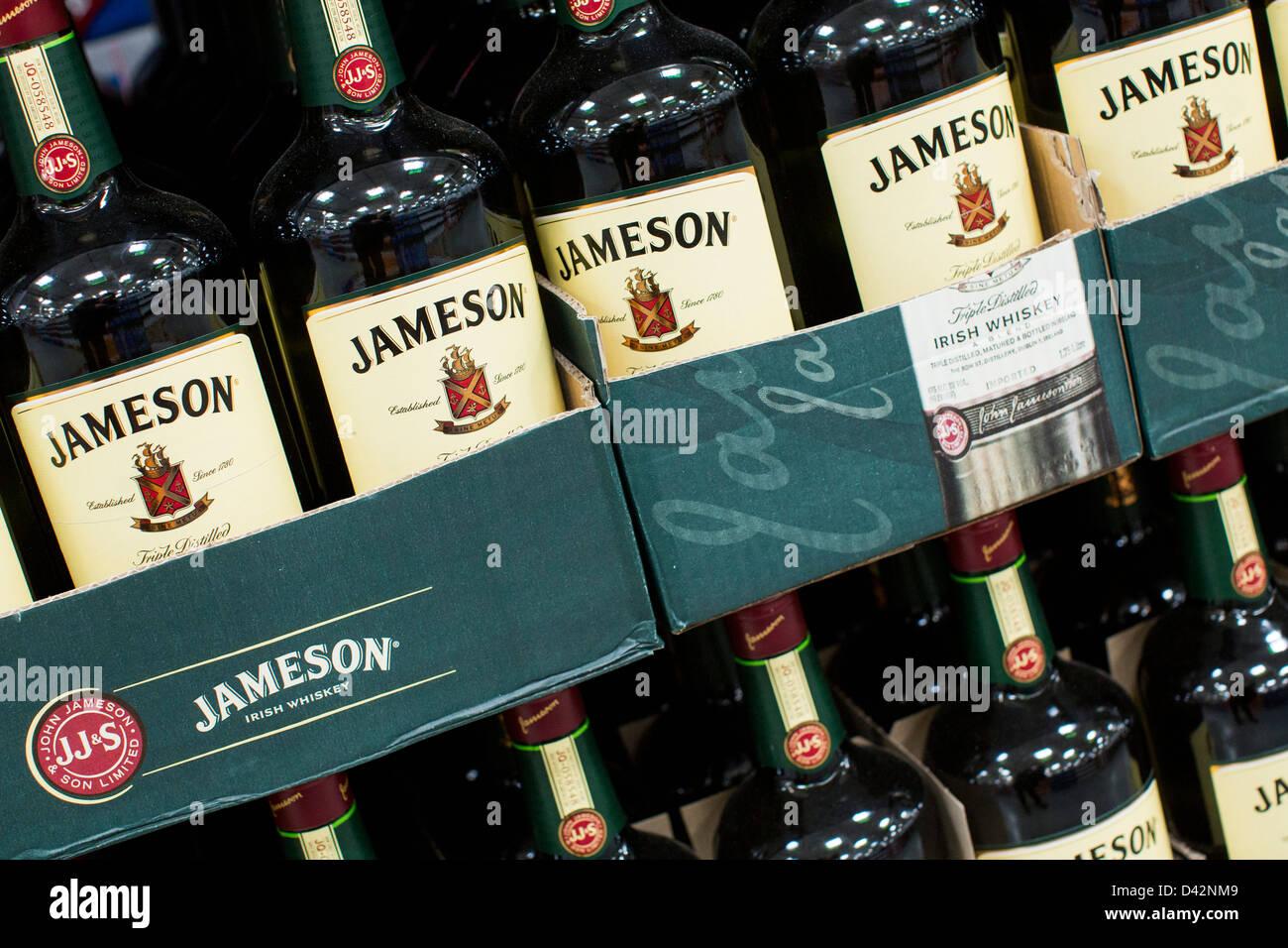 Jameson Whiskey Bottle Stock Photos & Jameson Whiskey Bottle