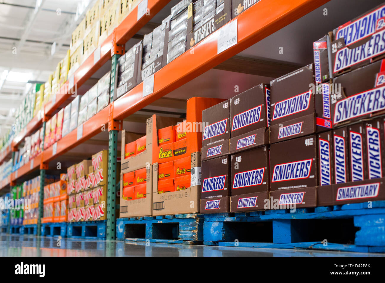 Reeses Peanut Butter Cups Stock Photos & Reeses Peanut