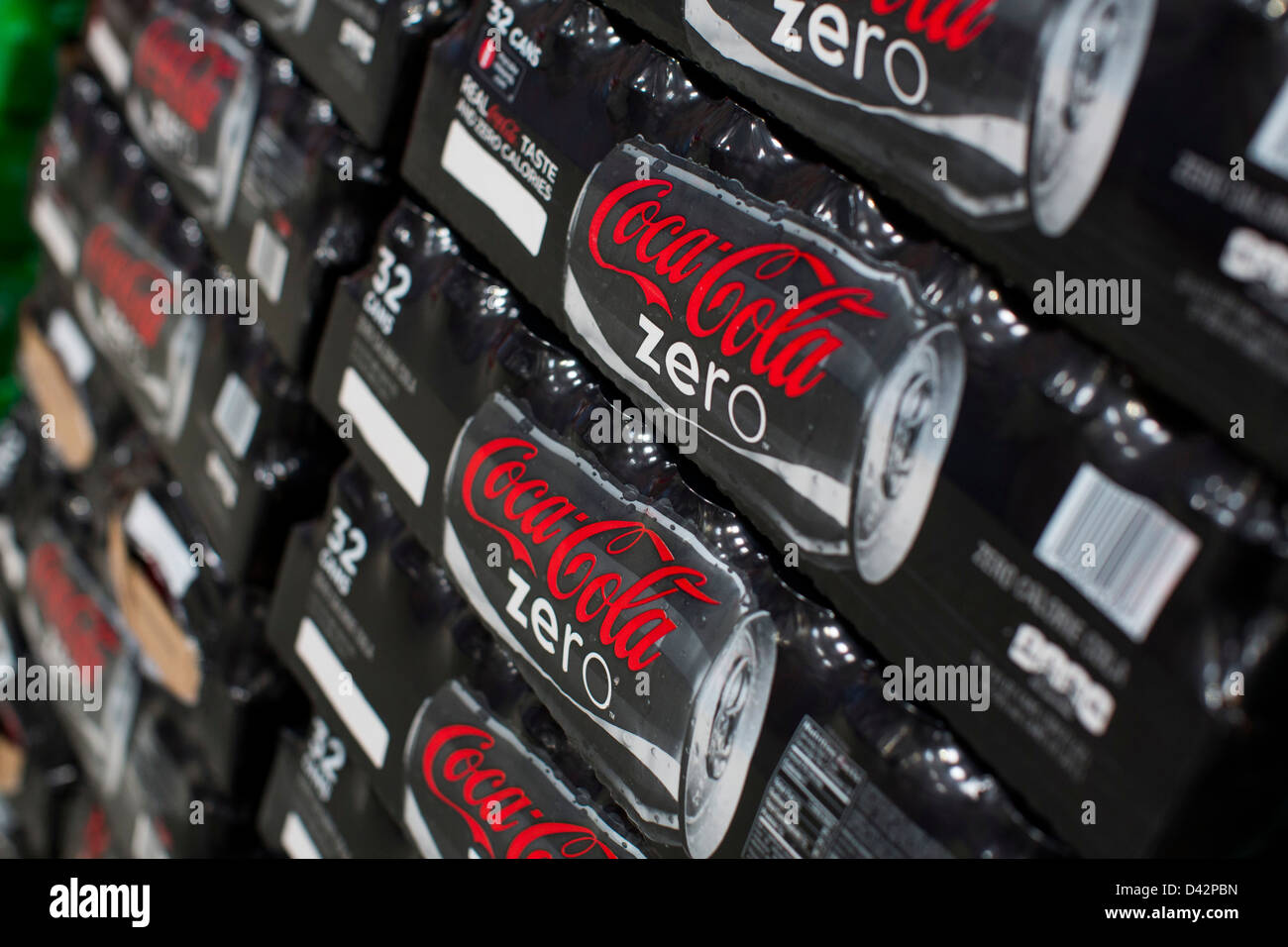 Coca cola zero on display at a costco wholesale warehouse club stock coca cola zero on display at a costco wholesale warehouse club stock photo 54151209 alamy thecheapjerseys Images