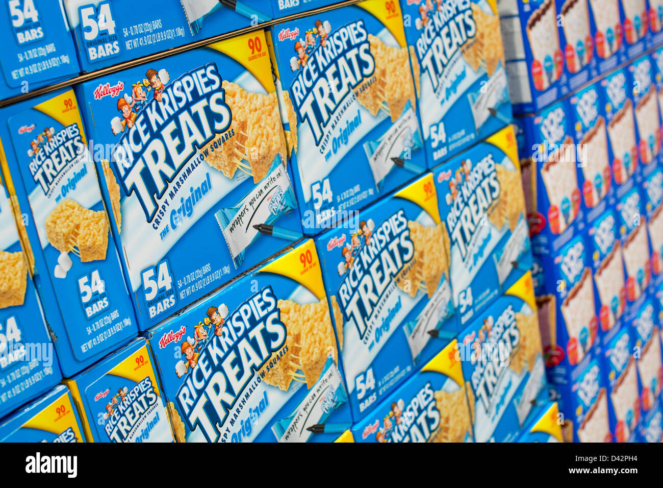 Rice Krispies and Pop-Tarts on display at a Costco Wholesale Warehouse Club. - Stock Image