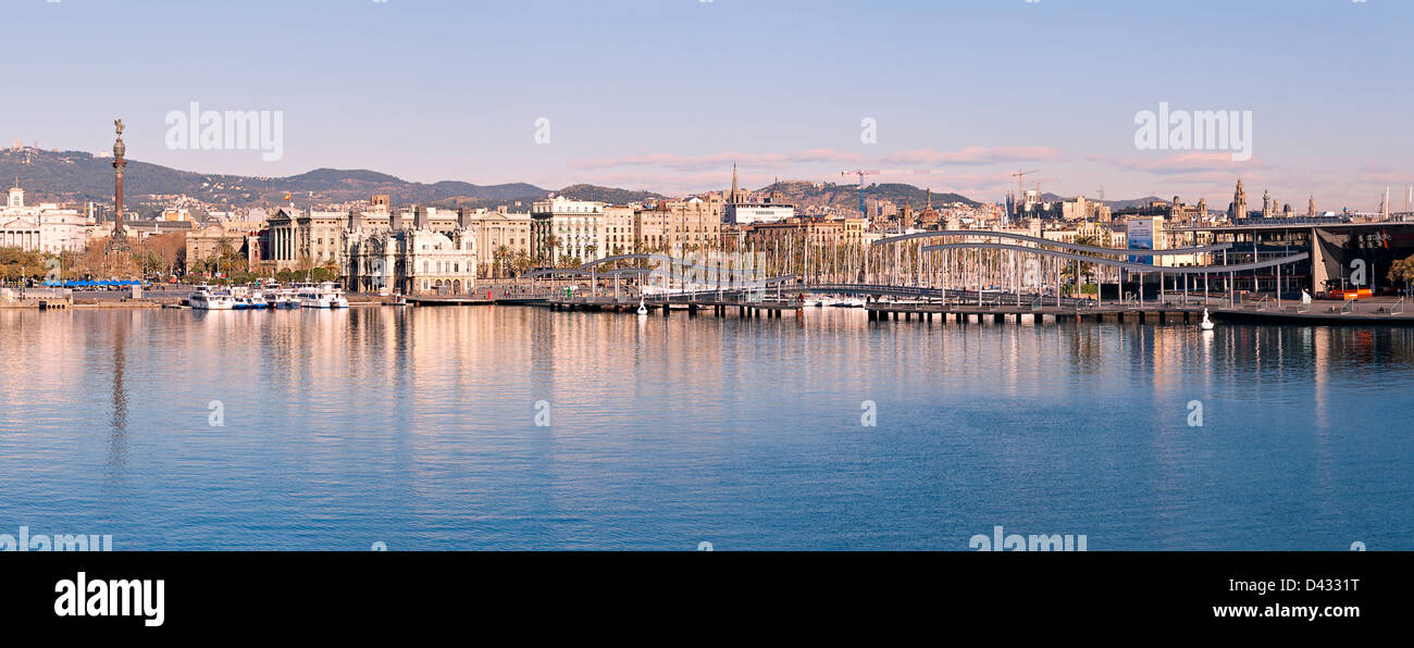 Port Vell  in Barcelona early in the morning - Stock Image