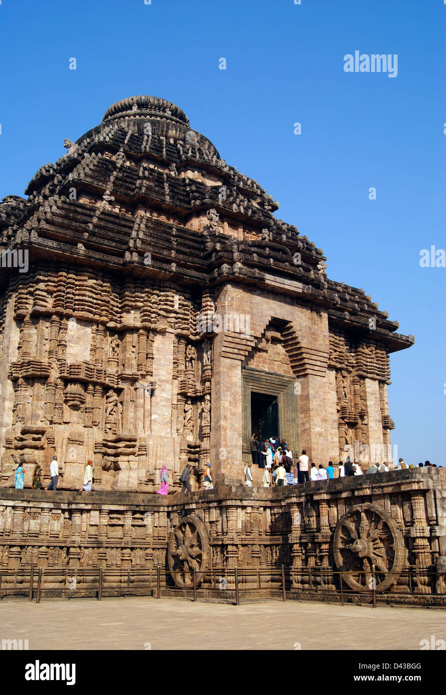288d71c08e Konark Sun Temple ( Black Pagoda ) and Chariots front Side Angle  architecture view