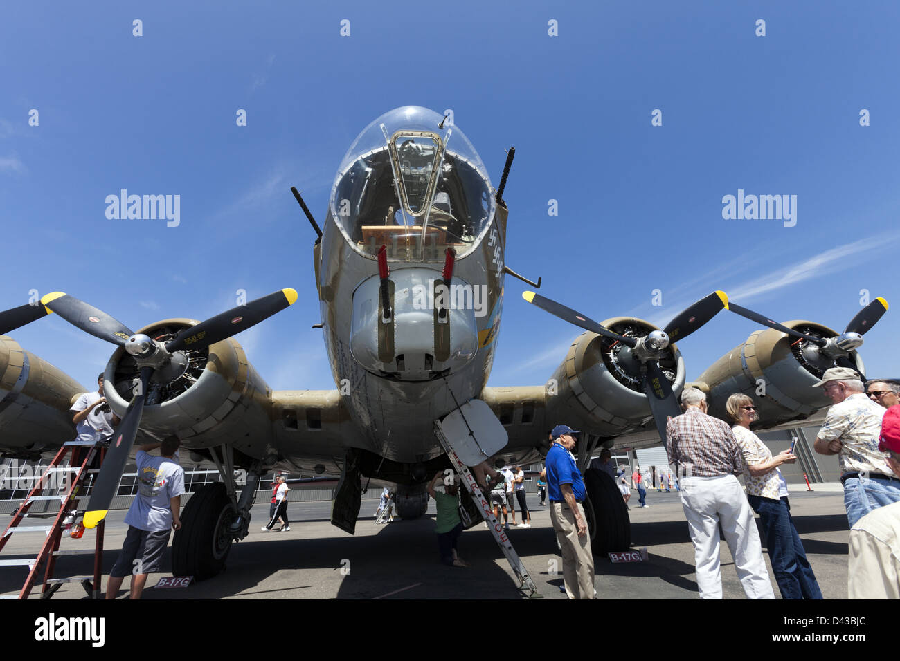 """Boeing B-17 Flying Fortress """"Nine O Nine"""" WWII Heavy Bomber Lyon Air Museum May 2012 - Stock Image"""