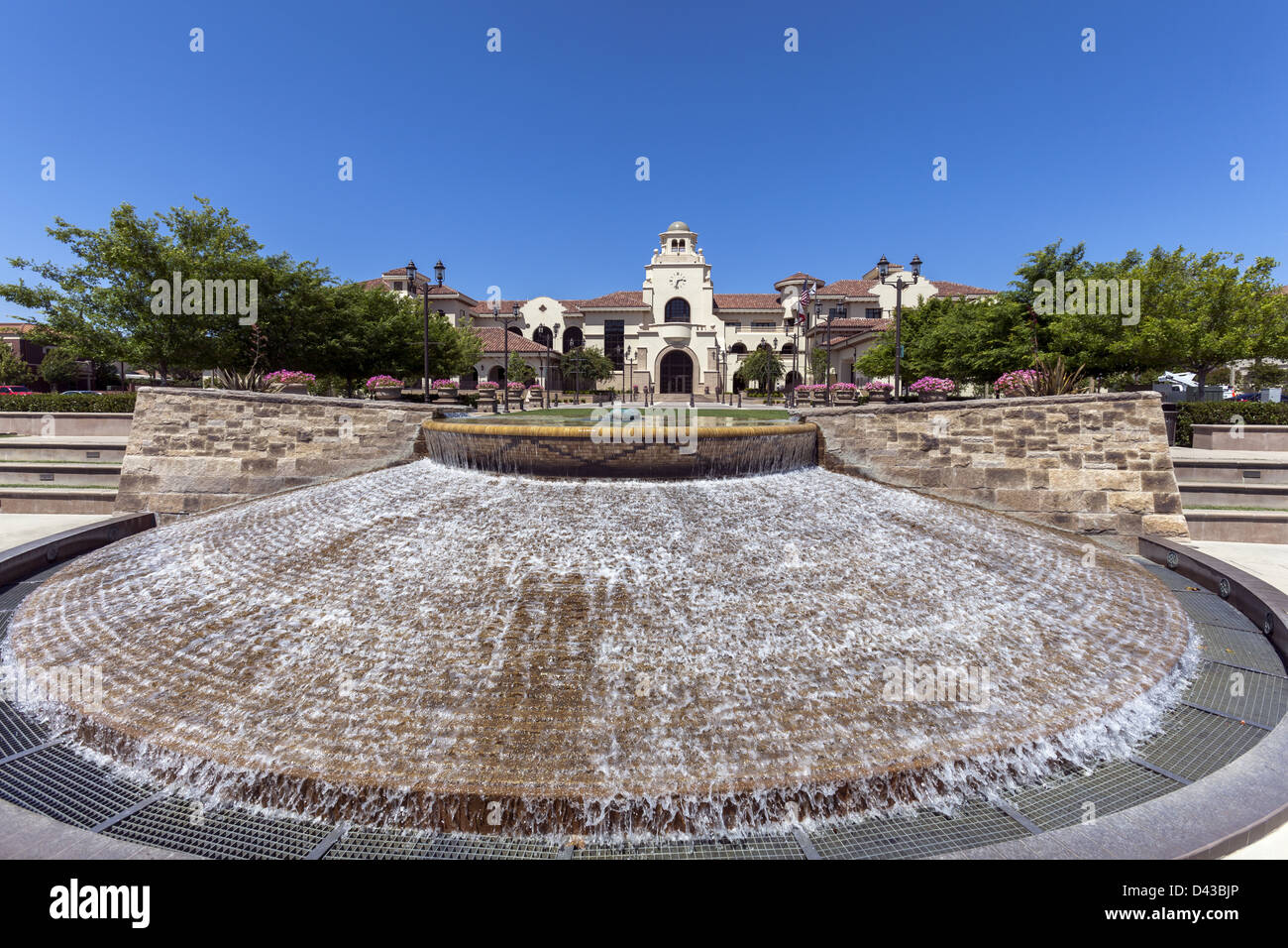 Plaza fountain fronting the new City Hall building in Temecula's Old Town Civic Center, Southern California USA - Stock Image