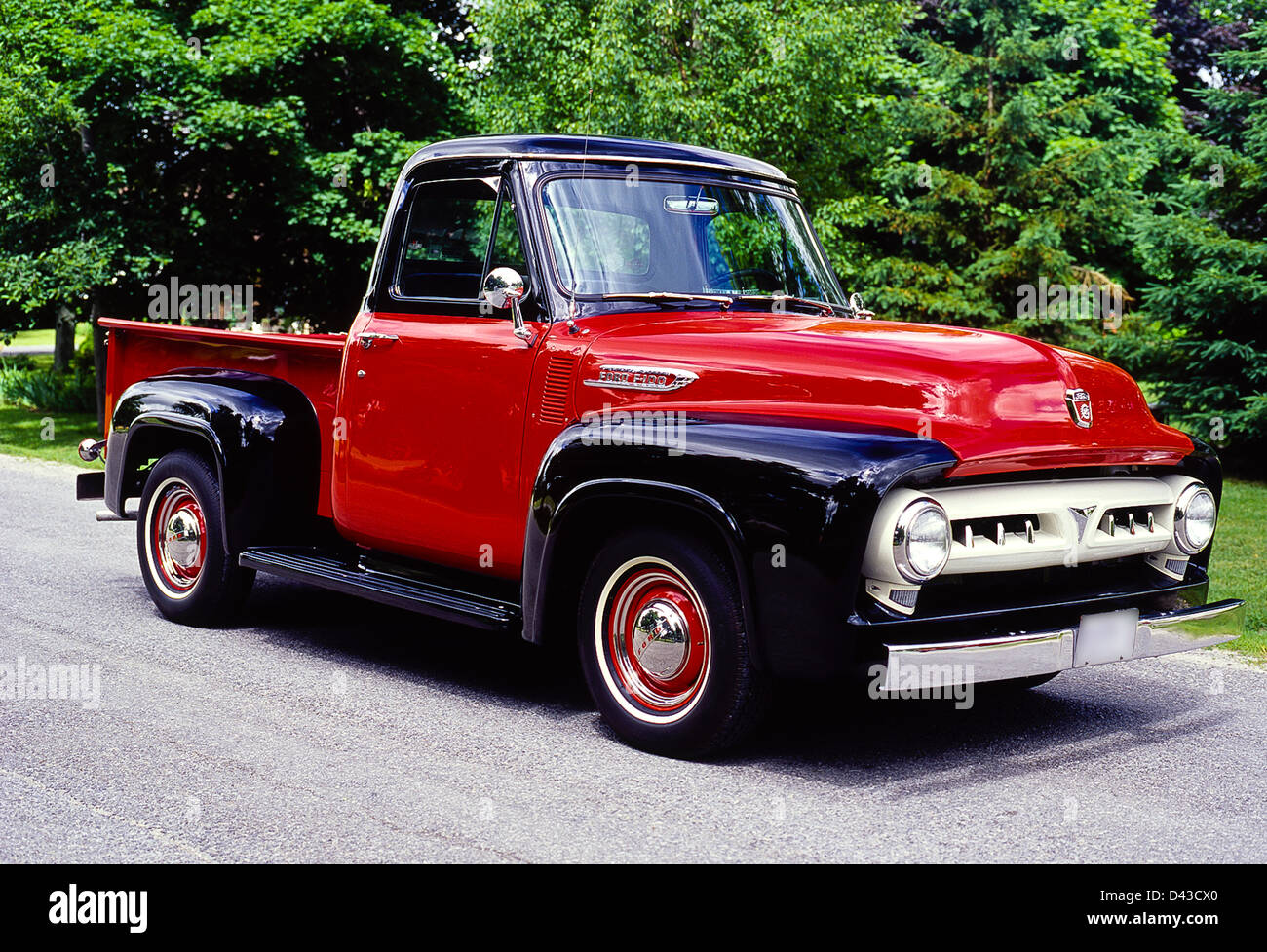 1953 Ford Stock Photos Images Alamy 1949 Dump Truck F 100 Pick Up Image