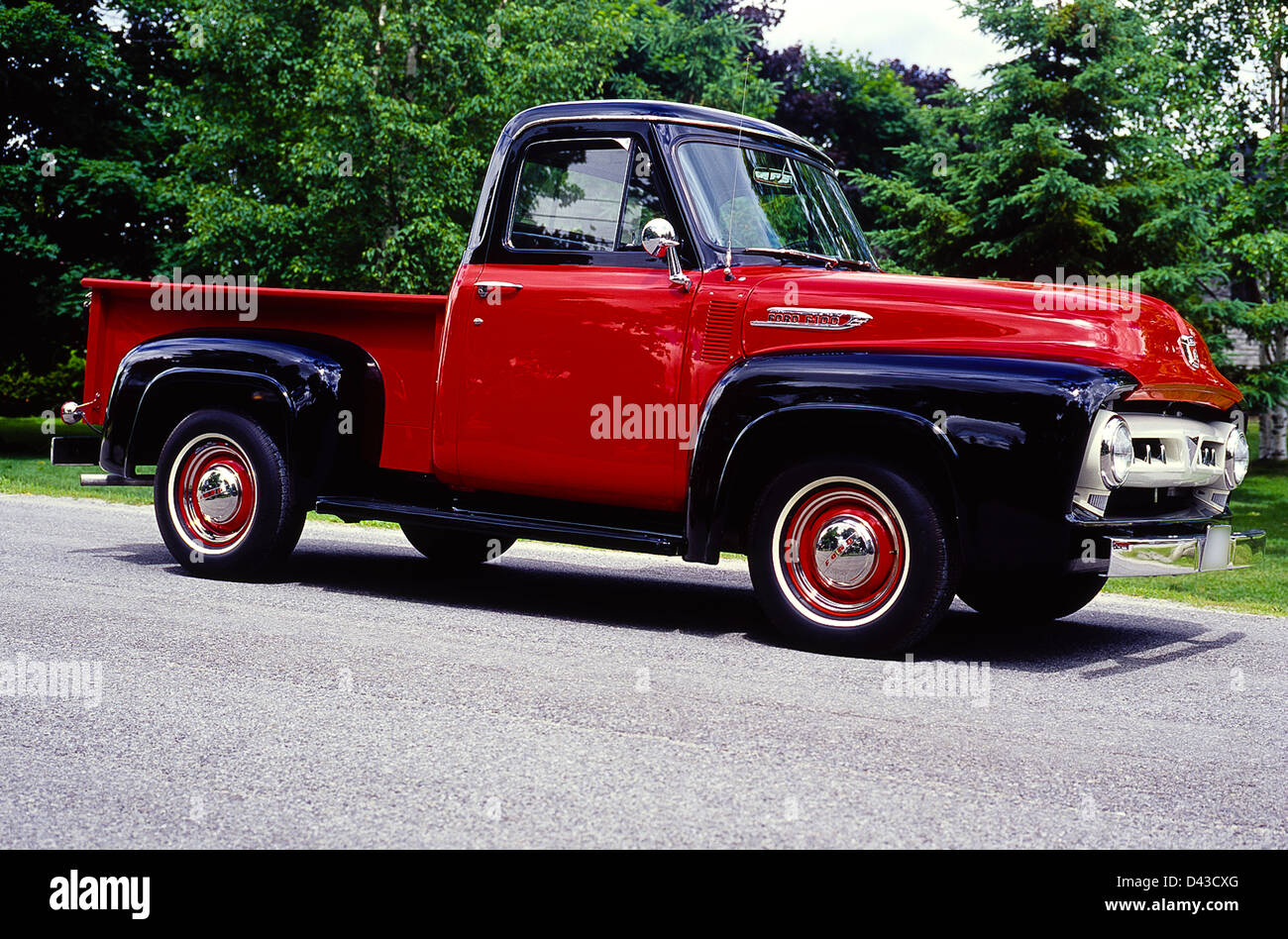 1953 Ford Pickup Truck Stock Photos 1950 To F 100 Pick Up Image